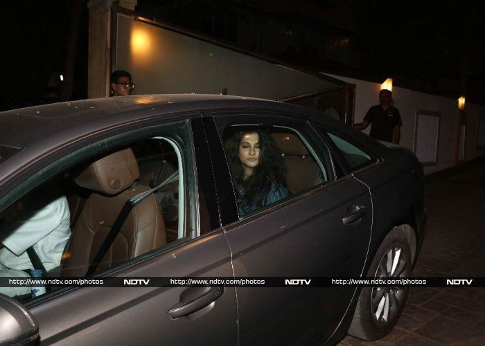 Rhea is the producer of Kareena's upcoming film Veere Di Wedding, which also stars Sonam Kapoor and Swara Bhaskar.