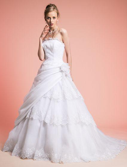 ウエディングドレス、高品質な結婚式ドレスならW by Watabe Wedding / オーガンジー・レース・Aラインウェディングドレス