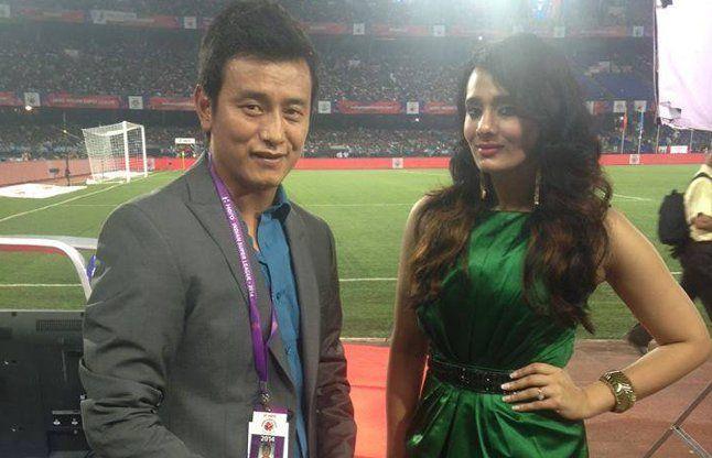 मयंती ने साल 2013 में इंडियन बैडमिंटन लीग के लिए भी काम किया है।