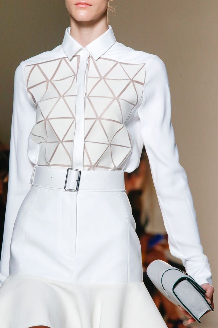 Victoria Beckham Spring 2014 RTW - Review - Fashion Week - Runway, Fashion Shows and Collections - Vogue