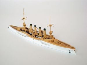 "SMS Scharnhorst - Model niemieckiego krążownika pancernego z okresu I wojny światowej. Prezentowany model w malowaniu z 1907 roku. Model żywiczny z elementami fototrawionymi, ręcznie złożony i ręcznie pomalowany w skali 1:700.   ""SMS Scharnhorst"" (121945) - this is model of German armored cruiser, the World War I. This model in the painting from 1907. Resin model with metal elements, hand-glued and hand-painted in 1:700 scale models."