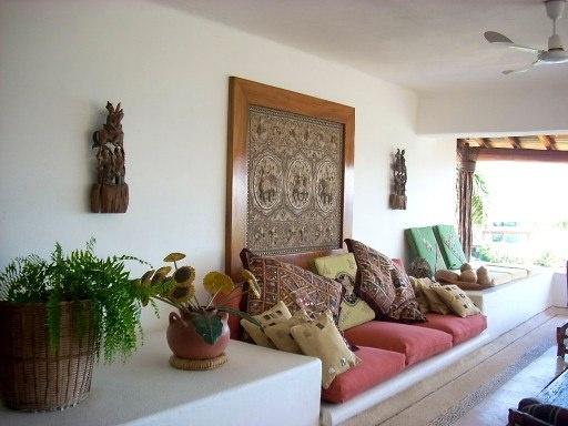 Open Living Area / Porto Ixtapa, Morros