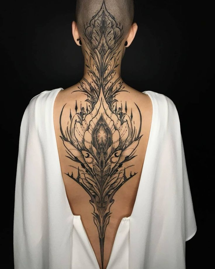 Thanks to @raphcemo for my new back piece 💜 #elegant #strong yes it hurt, ye   – Cool