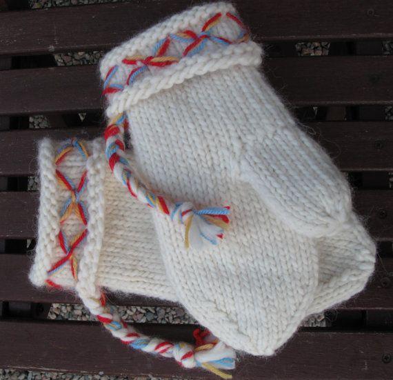 Mittens Swedish Lovikka mittens traditional by JezebelAdrian Scandinavian wool felted mittens design lovikka vantar
