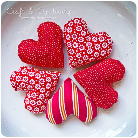 Fabric hearts for Christmas.