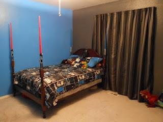 Star Wars bedroom - light saber bed posts!