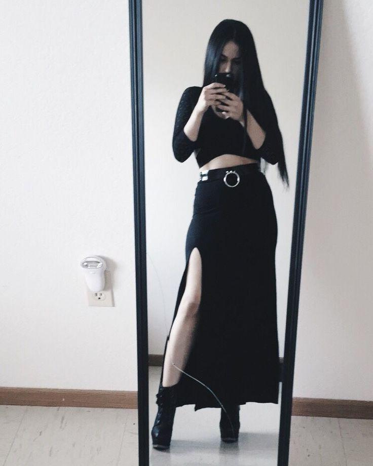 The 25+ best Gothic high fashion ideas on Pinterest Gothic heels - sockelleisten für küchen