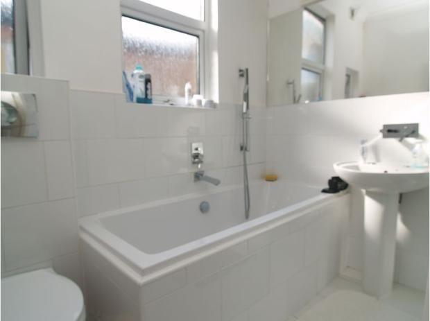 25 beste idee n over badkamer kleurenschema 39 s op pinterest - Lay outs badkamer ...