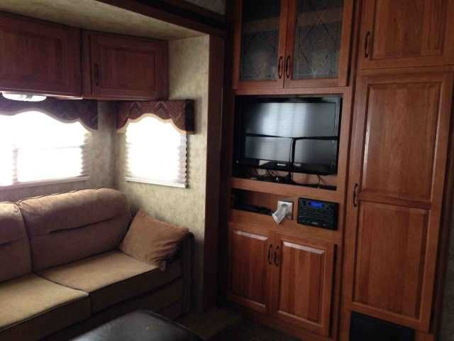 2013 Used Keystone Montana Mountaineer 346 LBQ Fifth Wheel in Washington WA.Recreational Vehicle, rv, 2013 Keystone Montana Mountaineer 346 LBQ, 2007 Chevrolet Silverado 2500 available with hitch as package if needed. Price negotiable. We are the first owners and it is more than we need. It is the perfect 5th wheel for a family wanting the RV lifestyle. The Master Bedroom Wired and plumbed for washer and dryer unit in the cabinet next to the large mirrored closet. The bed is an RV king-size…