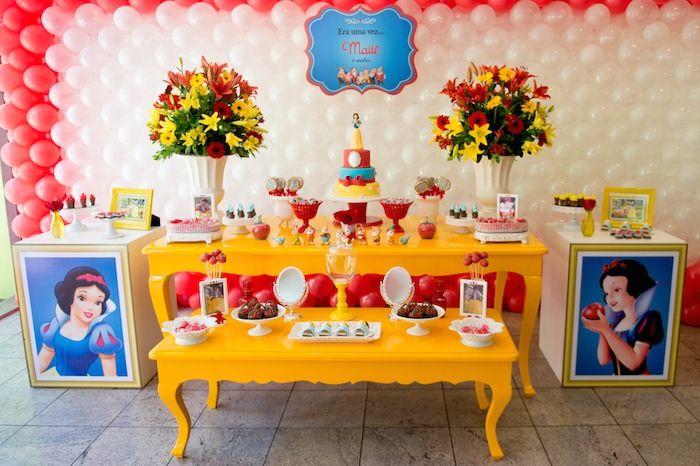 Branca de Neve tema da festa de aniversário com muitas ideias bonitos através de…
