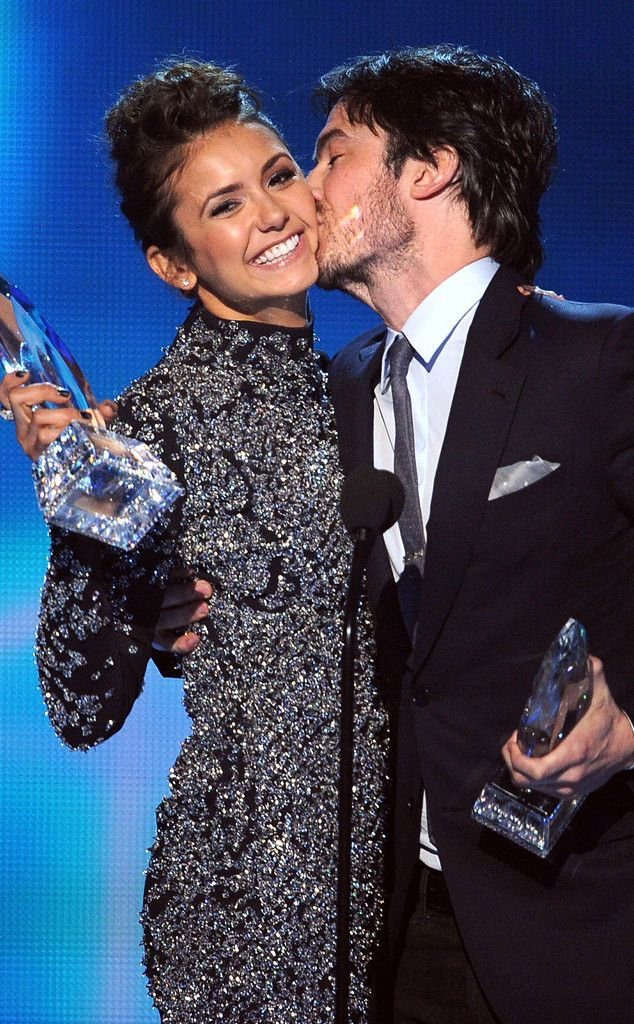 Nina Dobrev and Ian Somerhalder Joke About Their Breakup at the People's Choice Awards | E! Online Mobile