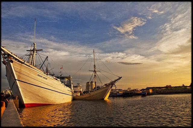 Pelabuhan Sunda Kelapa (Port of Palm Sunda)