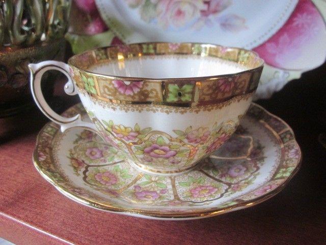 Vintage Made In England Bone China Royal Albert Court Tea