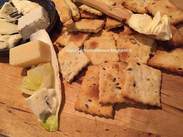 Kiosko di frutti di bosco: Crackers ai semi e vino velocissimi senza lievito
