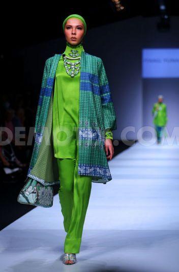 Itang Yunasz in Jakarta Fashion Week 2015