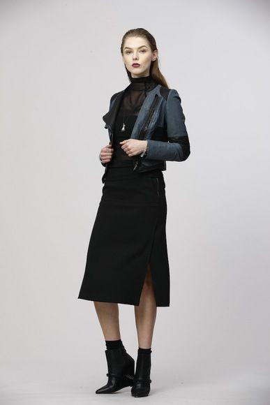 Chantal: http://www.jacbyjc.com/shop/suit/prod-look-75