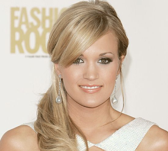 low side ponytail hairstyles   Cute Low Side Ponytail Hairstyle Ideas