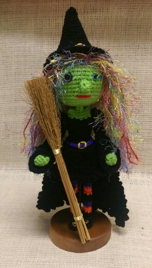 Witch amigurumi