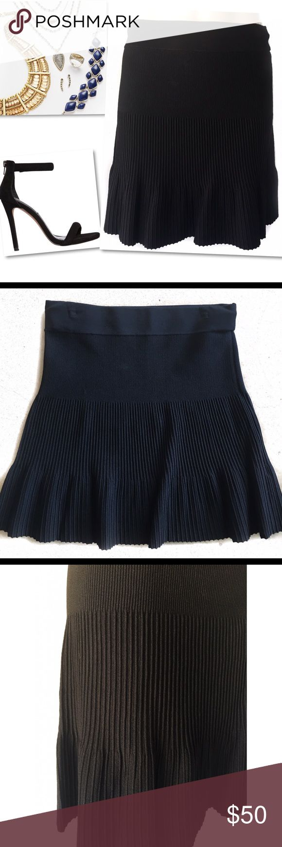 """FRENCH CONNECTION FCUK BLACK ACCORDION SKIRT SZ 8 FRENCH CONNECTION  BLACK ACCORDION SKIRT  SZ 8 28""""-34"""" waist (stretches)  18"""" length French Connection Skirts"""
