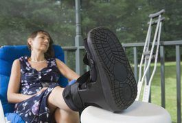 Severe levels of ankle fractures may need orthopaedic surgery, which involves repairing with a plate and screws. These stabilizing devices play a major role in properly aligning your ankle bones during healing. After an immobilization period, physical therapy exercises for an ankle fracture concentrate on restoring ankle flexibility and strength....