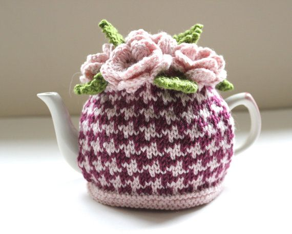 This is a beautiful hand-knitted tea cosy inspired by my love for pretty flowers, tea and the unmistakably stylish houndstooth. It is stunning ,