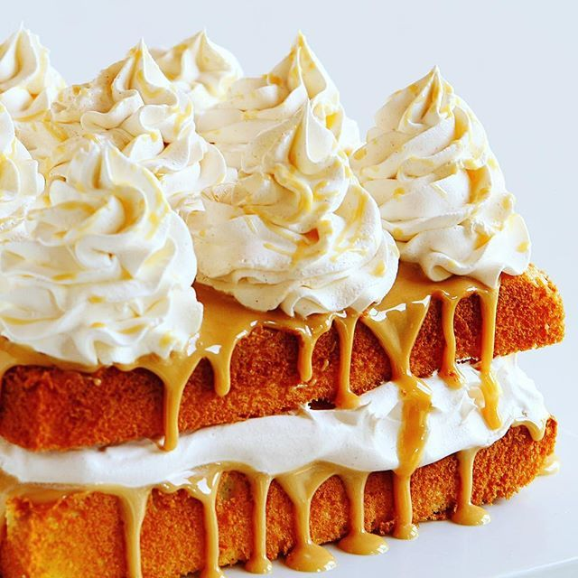 caramel cake with apple cider whipped cream - i am baker