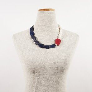 collana perle lapislazzulo e radice di rubino