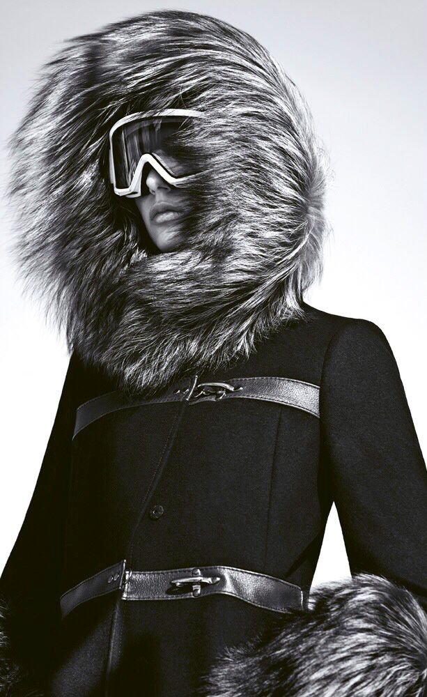 après ski. super chic! Follow LuxHERy on Pinterest for more.