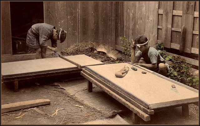 The TATAMI MAT MAKERS of OLD JAPAN (Please take off your shoes before looking at this picture)