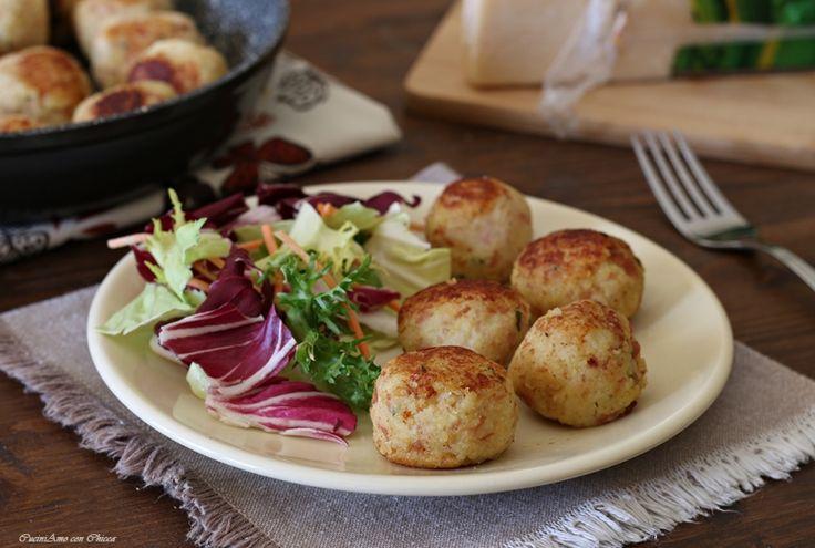 Polpette di patate in padella