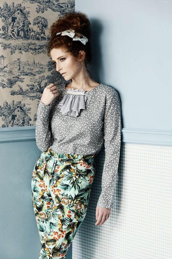 Grey floralprint Cotton blouse with long sleeves by PoudraFashion