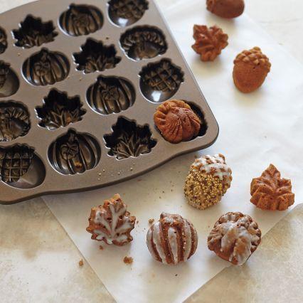 Recipes | Autumn Maple Cakelets | Sur La Table