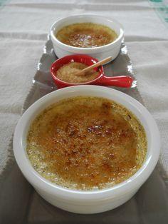 Crème brûlée au tofu soyeux, fait en double avec crème liquide allégée, ne pas cuire trop fort mais vérifier que c'est pris au milieu