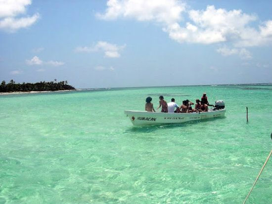Check out the top Tulum tours. From Cancun to Tulum there are tons of amazing activities in Riviera Maya, Mexico. Cenotes, snorkeling, and Mayan Ruins.