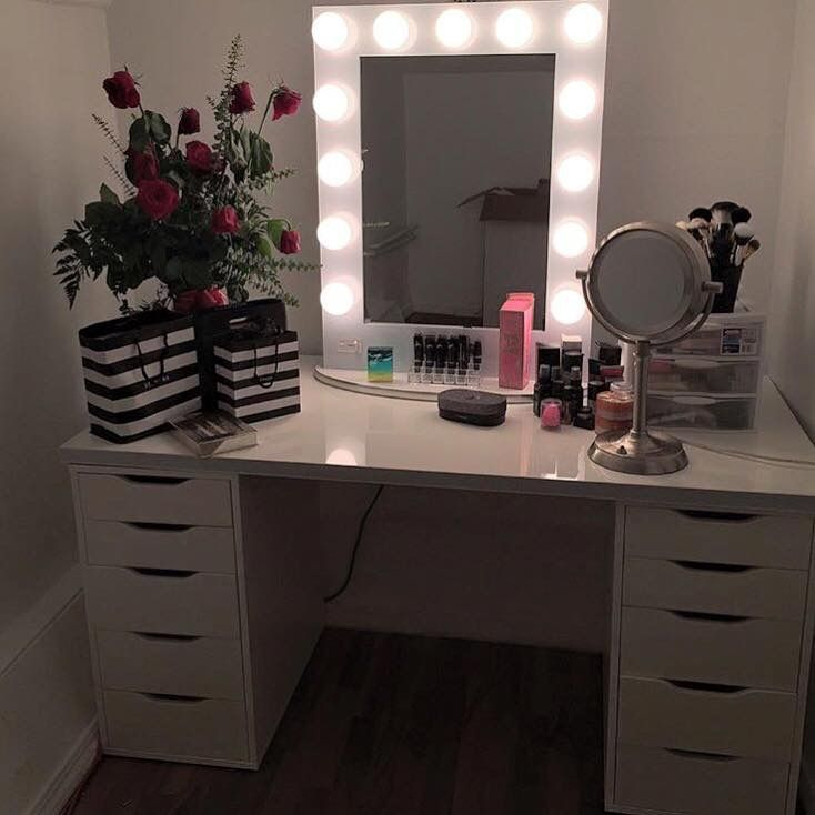 Impression vanity mirror with IKEA Alex drawers