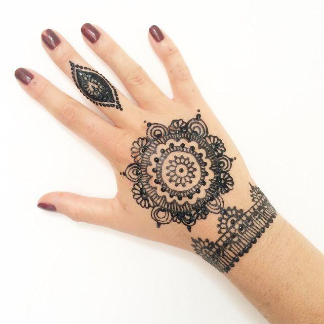 1000 id es sur le th me henn sur pinterest henn mehndi designs et mod les tatouages au henn - Modele de henna ...