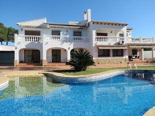 Costa Blanca Property Sales: Villa for sale in Benissa, San Jaime