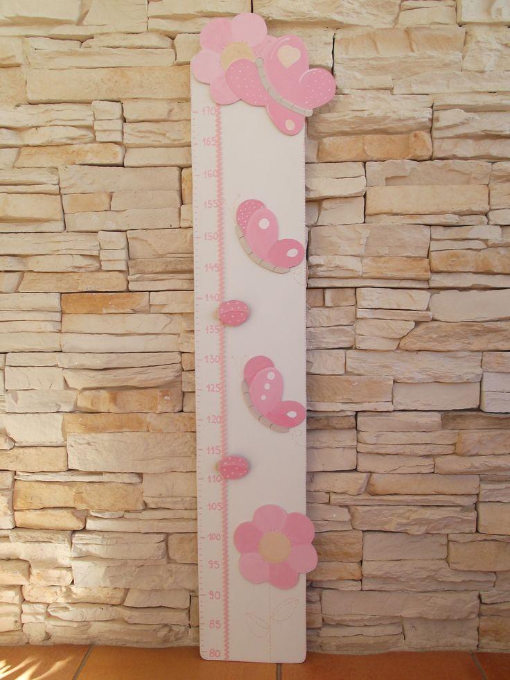 Medidor de madera con aplicaciones de figuras color - Medidor de habitaciones ...