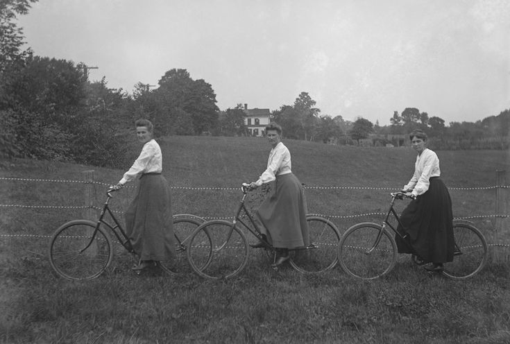 Americans went wild for bicycles in the 1890s. Everyone rode – even President William McKinley. Thousands of people joined bicycle clubs. Chicago had bicycle ambulances (pairs of bikes, with stretchers in between). The craze swept the country because bicycles became safe and easy to ride. Everyone wanted a bicycle. By 1896, some 250 U.S. factories were turning out more than a million bikes a year. (From Lisa Cooper and History Is Elementary)