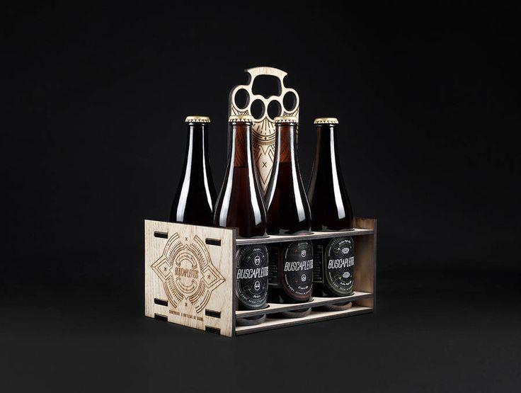 Diseño de botellas y embalaje de la Cerveza buscapleitos