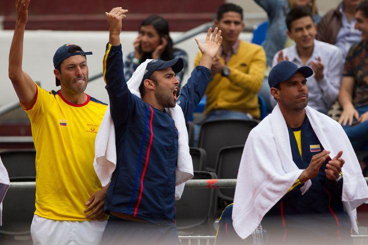 Cabal y Falla, por el punto que abra la llave para ir al Grupo Mundial El dobles será definitivo en las aspiraciones de Colombia para vencer a Croacia en la Copa Davis.  http://www.eltiempo.com/deportes/futbol-colombiano/previo-del-punto-de-dobles-en-la-serie-de-la-copa-davis-entre-colombia-y-croacia-131360
