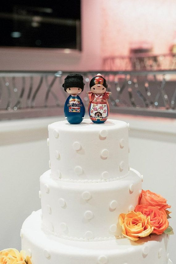 Korean Bride and Groom Wedding Dolls Cake by mysakuraprincess