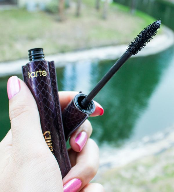tarte-lights-camera-lashes-mascara-review-swatches