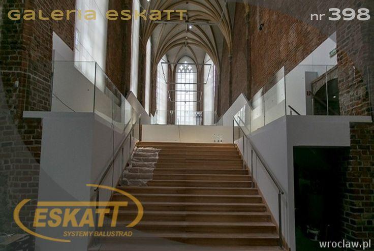 Stainless steel handrail with a glass balustrade #balustrade #eskatt #construction #stairs #handrail