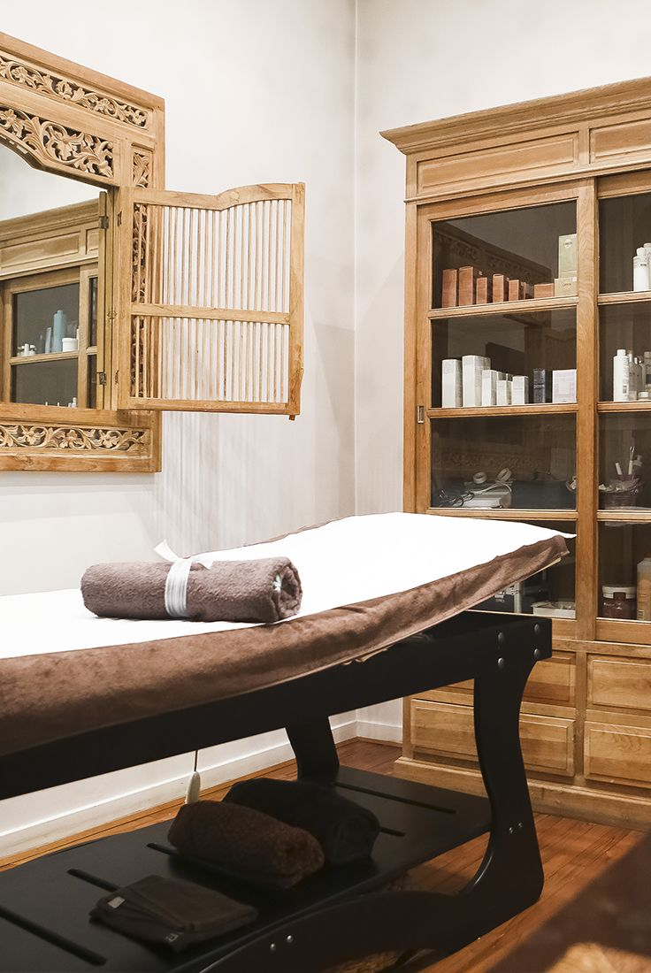 64 best nos salons de massage paris images on pinterest. Black Bedroom Furniture Sets. Home Design Ideas