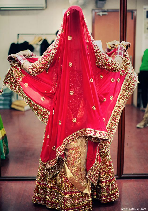 #Beautiful #Bollywood #Style #Indian #wedding #bride #marriage #shadi #groom #india #RED #love #REDlengha #cutebride #cute #indianbride