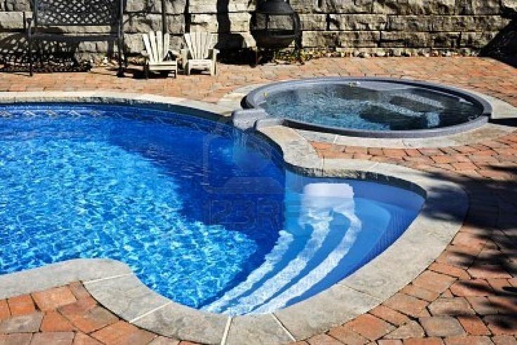 Inground pool & a hot tub!! :)