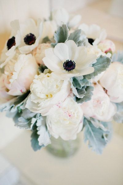 pretty pastel blooms | Photography by carolinefrostphotography.com |  Floral Design by cottagegateflowers.net |  Read more - http://www.stylemepretty.com/2013/07/29/rhinebeck-new-york-wedding-from-caroline-frost-photography/