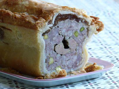 Chic, chic, chocolat...: Pâté de canard en croûte au foie gras et aux pista...