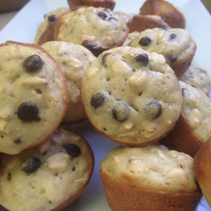 Mini oatmeal chocolate chip muffins 1pp each